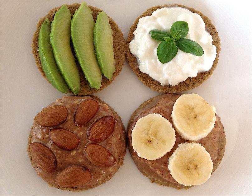 Cholesterol reducing breakfast oatcakes